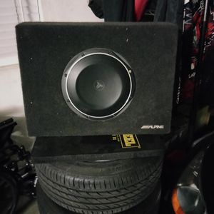 JL Tw1-2 Subwoofer With Alpine Box for Sale in El Monte, CA