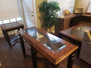 Beautiful living room set for Sale in Gilbert, AZ