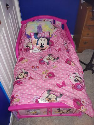 Minnie Mouse Toddler Bed for Sale in Millersville, MD