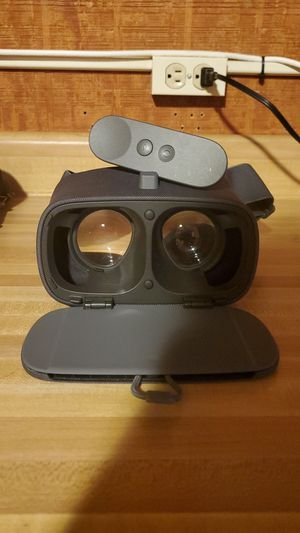 Google Daydream View - Charcoal for Sale in Gahanna, OH