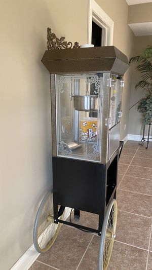 Frontgate Old time style Popcorn machine w/cart for Sale in Delaware, OH