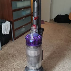 Used Dyson DC65 for Sale in Long Beach, CA
