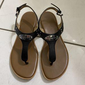 Michael Kors Sandals for Sale in Hialeah, FL