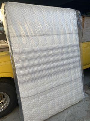 Queen size mattress set for Sale in Whittier, CA
