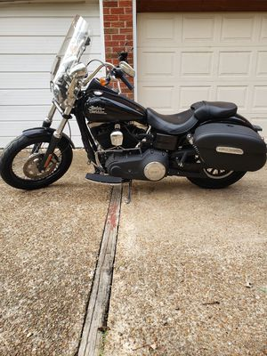 2017 Harly Davidson street Bob ...lots of extras clean. for Sale in Nashville, TN