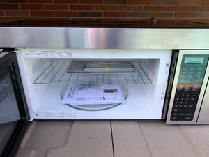 JENN -AIR under cabinet microwave oven for Sale in Tacoma, WA