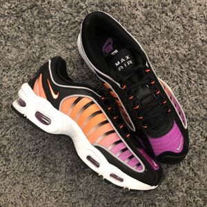 NIKE AIR MAX TAILWIND 4 PHOENIX SUNS SIZE 8 for Sale in Queens, NY