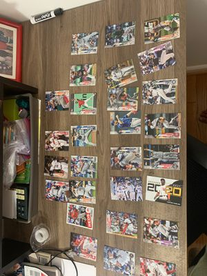 28 TOPPS Baseball Cards In Mint Condition for Sale in McLean, VA