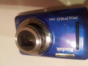 KODAK PIXPRO FZ53 Compact Digital Camera - 16MP 5X Optical Zoom HD 720p Video (Blue) for Sale in Arlington, TX