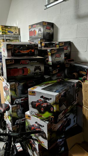 Toy lot for sale!!! Remote control cars, telescopes for Sale in Orlando, FL