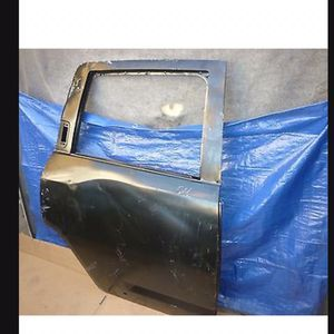11 12 13 14 15 16 Jeep Compass Right Rear Door Shell Factory Oem for Sale in Los Angeles, CA