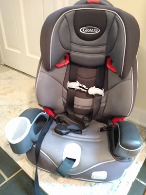 Like new Graco Nautilus 65 3-in-1 harness booster car seat for Sale in Dunwoody, GA