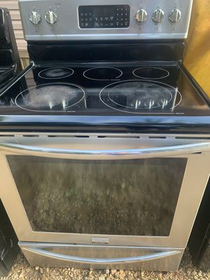 Electric and gas stove for Sale in Longview, TX