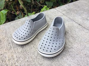 Native Toddler Shoes size C8 for Sale in Tustin, CA