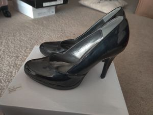 FREE Romantic Soles Heels Pump for Sale in Baltimore, MD