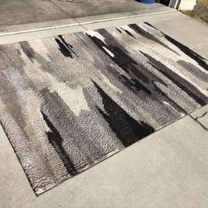 """Large Fade Style Shag Area Rug (9'9""""x6'5"""") for Sale in Colorado Springs, CO"""
