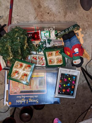 Christmas decorations bundle for Sale in San Antonio, TX