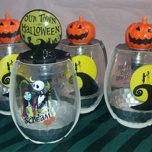 Nightmare Before Christmas Glasses (4) for Sale in Tacoma, WA