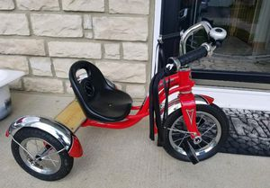 Schwinn tricycle for Sale in Grove City, OH