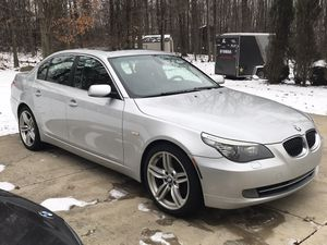 Needs engine 2008 BMW 528XI not running, no compression for Sale in Northfield, OH