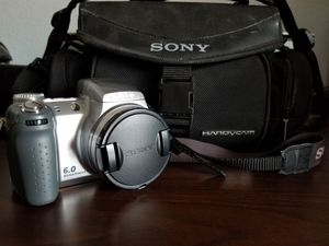 Sony Cyber-shot DSC-H2 with Sony Camera Bag for Sale in Phoenix, AZ