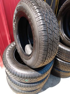 Set 225/70/16 Bridgestone Dueler H/T used $260 Includes installation and balance for Sale in La Mirada, CA