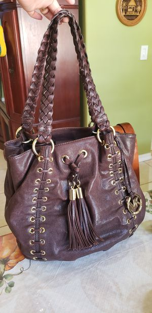 MICHAEL KORS TOTE BAG LEATHER LARGE WOMENS PURSE for Sale in St. Cloud, FL