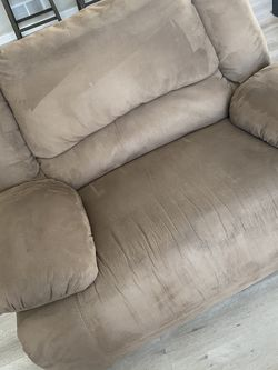 XL Recliner - Ashley Furniture for Sale in Parker,  CO