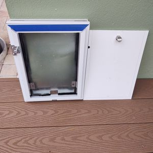 Doggy Pet Door for Sale in Clearwater, FL