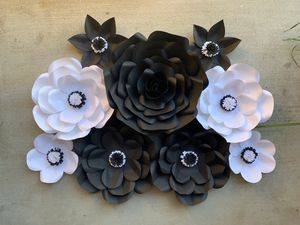 Paper flowers decor for Sale in Whittier, CA