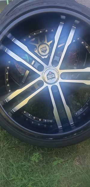 20' Black and crome Rims for sale with tires decent treading, asking 650 or best offer for Sale in Hartford, CT