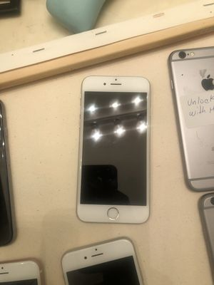 iPhone 6s unlocked 32 GB for Sale in Orlando, FL