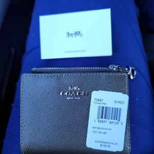 Authentic COACH Wallet for Sale in Highland, CA