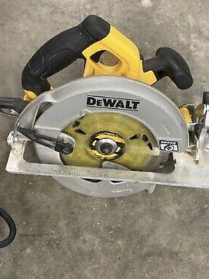 Dewalt circular saw 7 1/4 for Sale in Reynoldsburg, OH