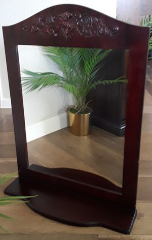 Gorgeous Wall Hanging Mirror for Sale in Modesto, CA