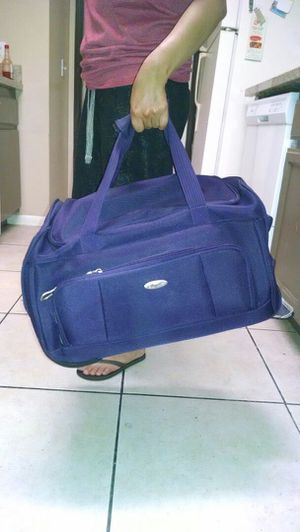 Duffle bag/Rolling Bag Carry-On for Sale in Rowland Heights, CA