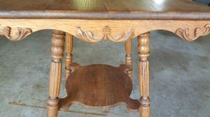 Antique Claw foot table with ornate trim for Sale in Saint Charles, MO
