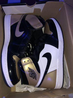 Jordan retro 1 gold toe SIZE 10.5 for Sale in Lakeland, FL