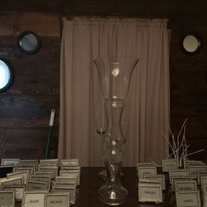 Have 6 Tall Vases for Sale in Hazel Crest, IL
