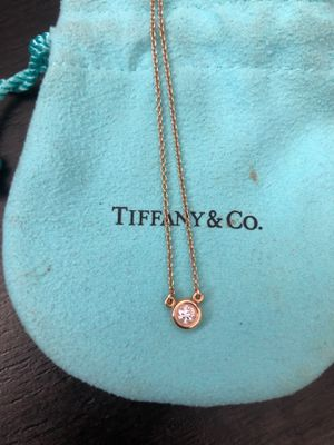 Tiffany&co pendant necklace in yellow Gold for Sale in La Mirada, CA