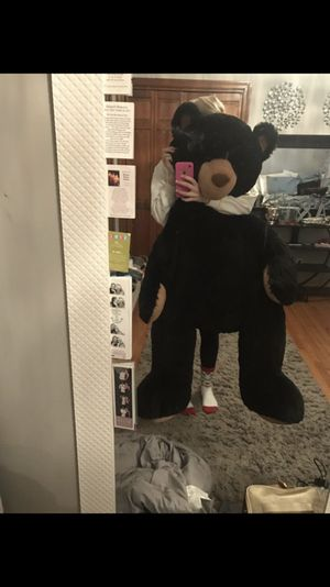 Giant stuffed bear for Sale in Deep River, CT