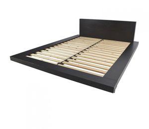 West Elm platform bed (Queen) for Sale in Annandale, VA