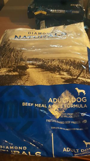 Diamond Naturals Beef Adult 40 lbs for Sale in Fontana, CA