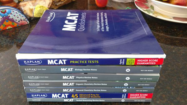 Kaplan MCAT books - GREAT condition for Sale in Poway, CA - OfferUp