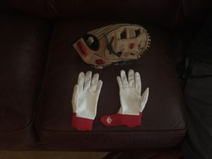 Youth Baseball Gloves for Sale in Walnut Creek, CA