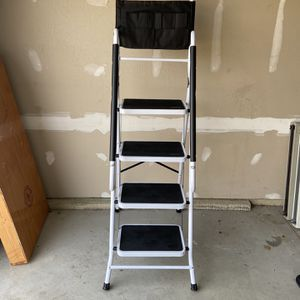 New - 4-Step Portable Folding Ladder w/ Handrails, Tool Bag for Sale in North Ridgeville, OH