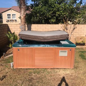 Jaccuzi Hot Tub for Sale in Silverado, CA