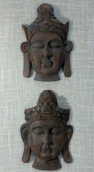 "2 pc. Set Buddha Resin Wall Art 8""x5"" *PICKUP ONLY* home decor, household, pictures, paintings for Sale in Mesa, AZ"