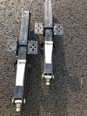 Rv / Travel Trailer Pair of Scissor Leveling Jacks for Sale in Vancouver, WA