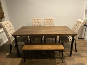 Dining table for Sale in Midlothian, TX